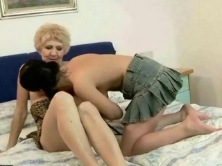 Fisting Granny Tube