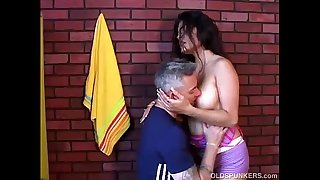 Spicy amateur latina MILF..