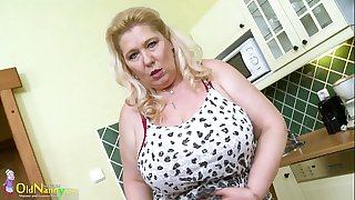 OldNannY Busty Mature Blonde..