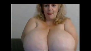 Granny bbw with huge boobs..
