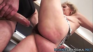 Grannys pussy spunked