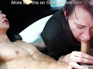 Granny Vicky lustful to suck..