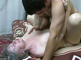 OldNanny Granny sucking dick..