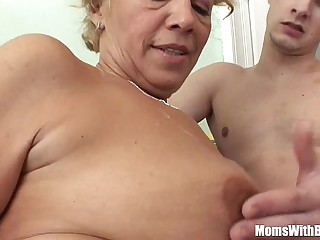 Young Souled Granny Sucking..