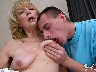 AgedLovE Granny Enjoys..