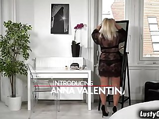 Lusty granny Anna Valentina..