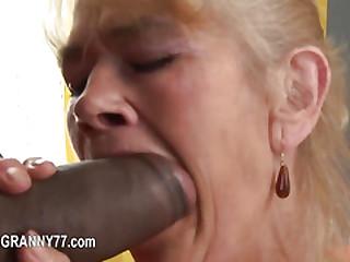 granny love penetrate..