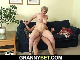 Shaved pussy granny sucks..