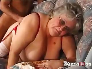 Huge Tits BBW Granny In..
