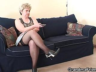 Old granny DP