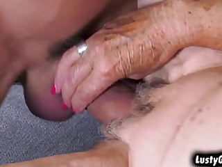 Granny Malya spreading her..