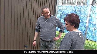 HAUSFRAU FICKEN - BBW..